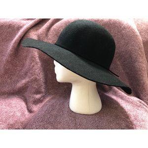 04a399a86 Women Floppy Wool Hat Forever 21 on Poshmark